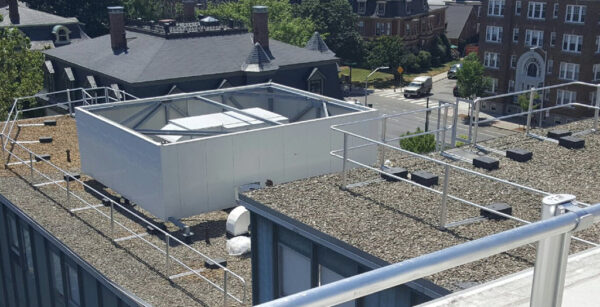 XSGUARDRAIL SOLUTION FOR HARVARD UNIVERSITY ROOF