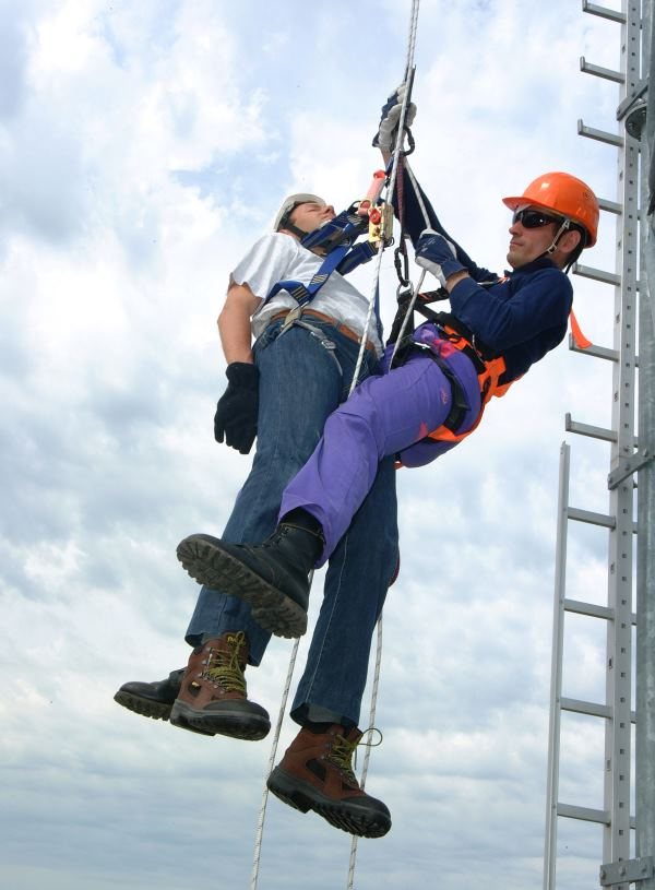 Set up a fall protection rescue plan