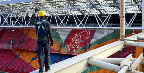 Overhead fall protection in Johan Cruijff ArenA