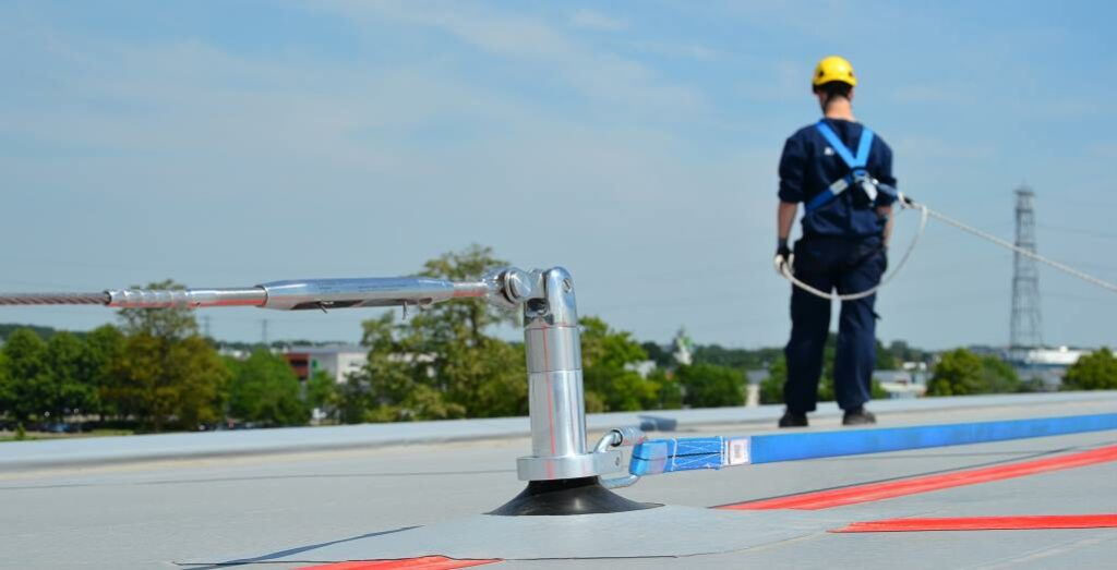 Fall protection with temporary lifeline