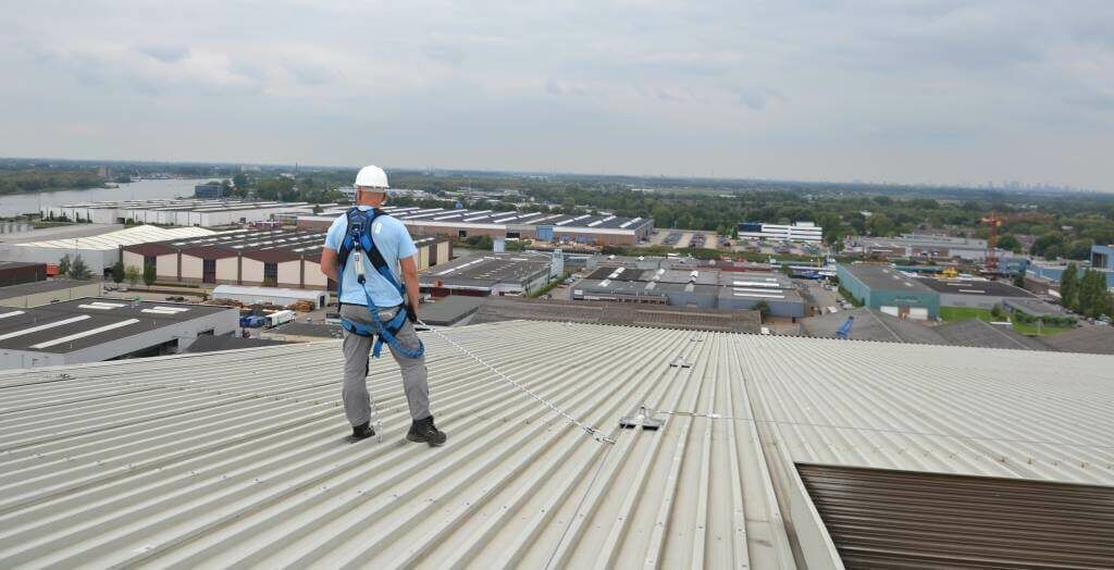 Working at height on a fragile roof surface